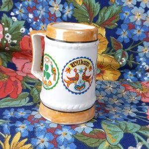 Vintage mini mug bright details